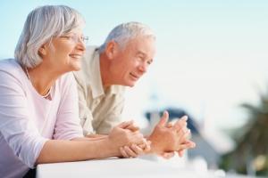 older-couple-sia