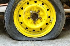 flat-tire-e1380066411244-620x413